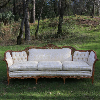 Wood trimmed sofa 8500 482 b schnadig furniture american for American sofa berlin