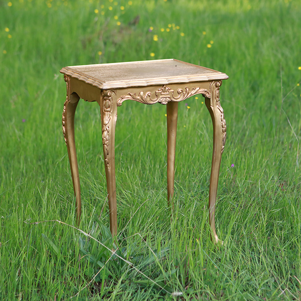 Small gold side table forever vintage rentals for Small gold side table